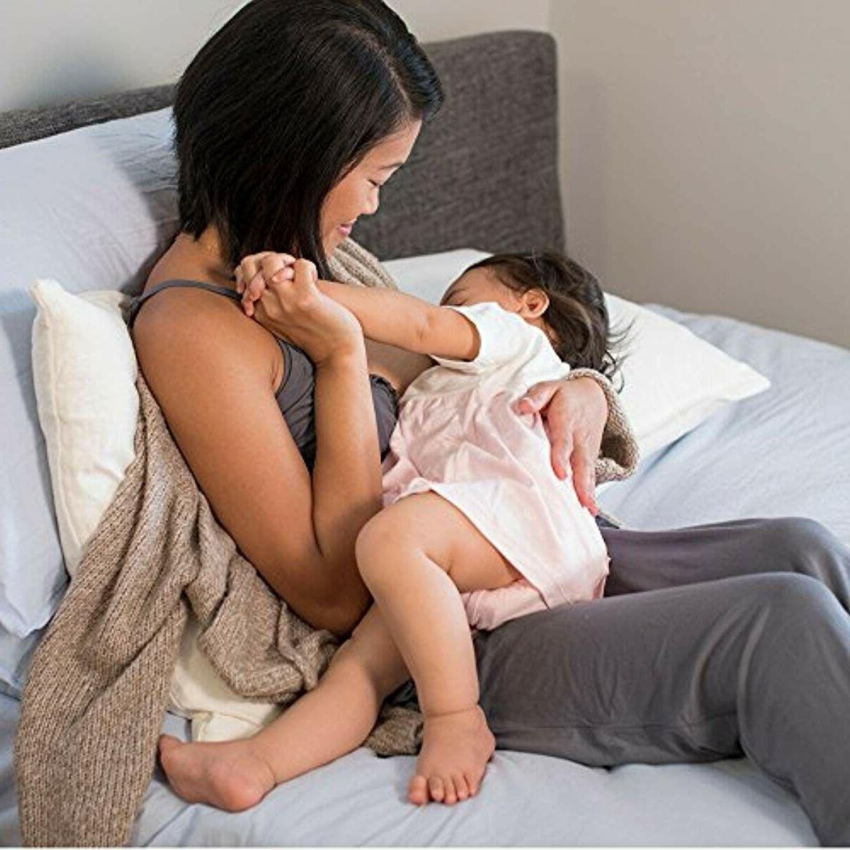 Lansinoh Dry Disposable Breast